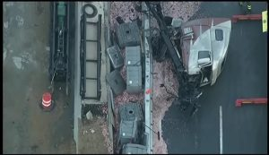i-95_in_new_castle_delaware_closed_after_tractor_traier_crash_9_8_16